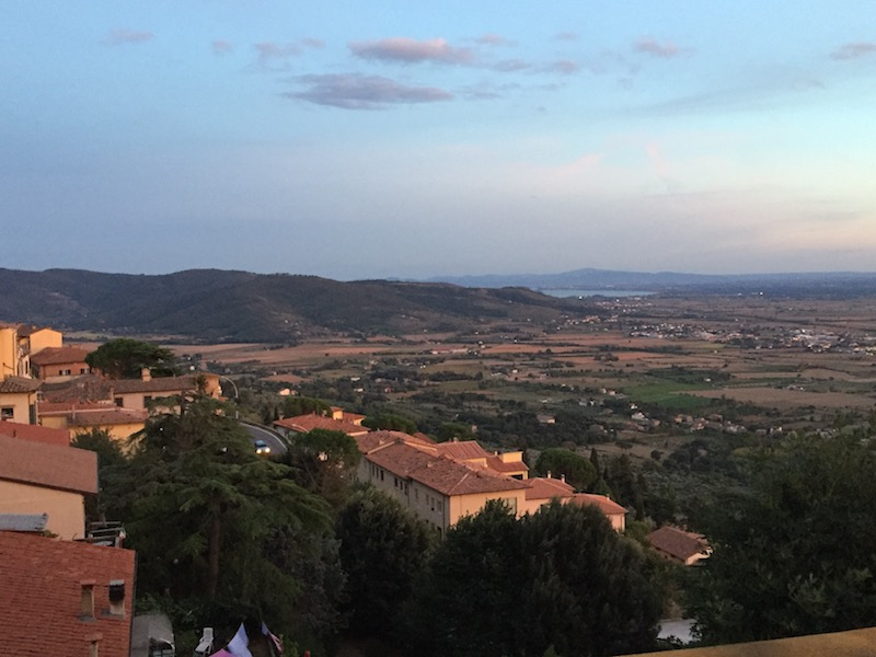 travel tips guide cortona italy consultant planning